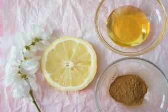 Honig, Zimt und Zitrone Gesichtsreinigung