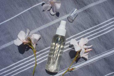 Deep Hydration Skin Sprizz: DIY Feuchtigkeits-Spray
