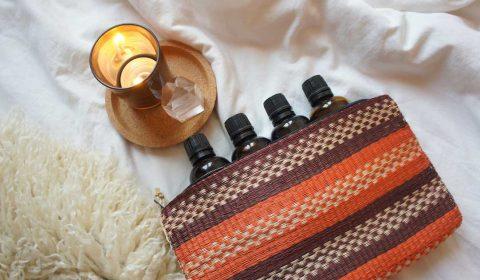 Naturkosmetik-Hausapotheke mit ätherischen Ölen