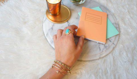 """Happy Notes: So einfach lässt sich Glück """"lernen"""""""