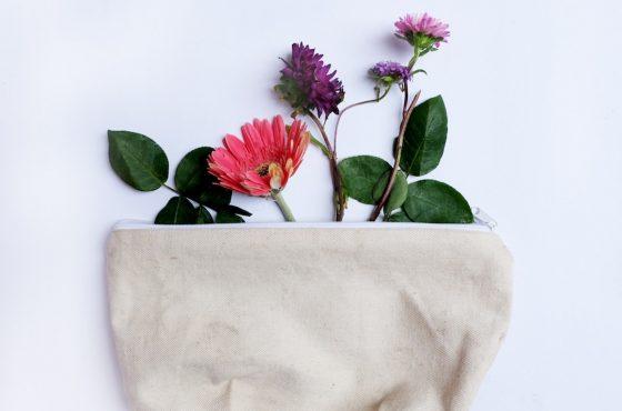 Naturkosmetik selber machen: Was tun bei unreiner Haut?